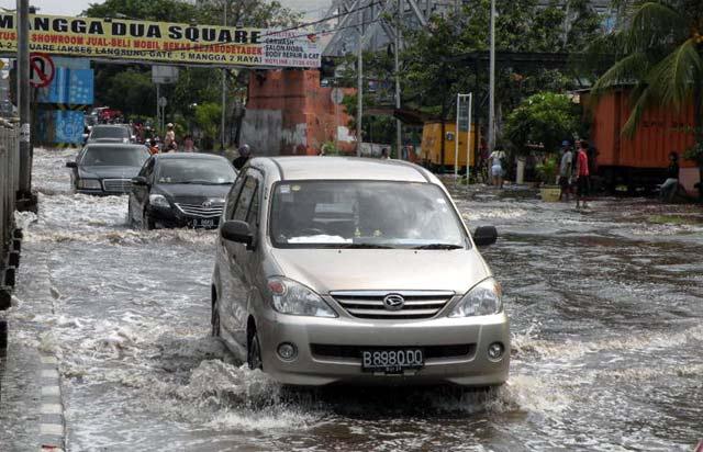 Andaikan Wan Qingliang Menangani Kota Jakarta .